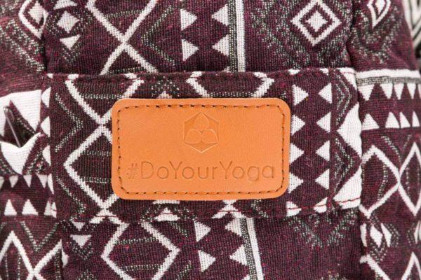 """Eckiges Meditations- und Yogakissen """"Paravati"""" von #DoYourYoga Label"""